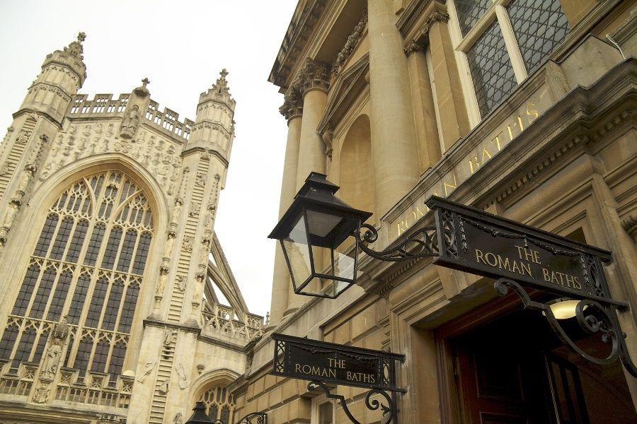 Entrada a las Termas Romanas, Bath