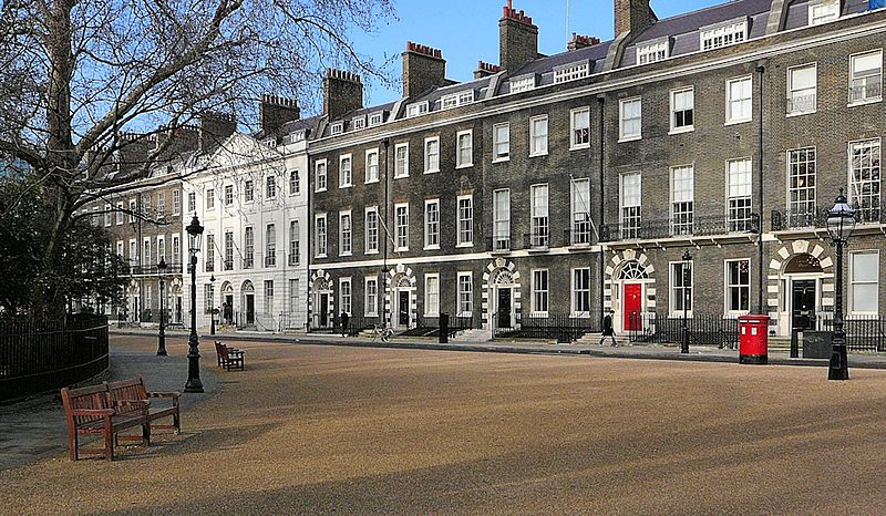 Bedford Square. Wikimedia Commons, autor Russ London