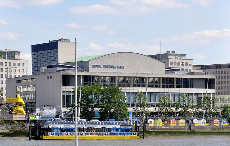 Royal Festival Hall. Wikimedia Commons, autor Andreas Praefcke