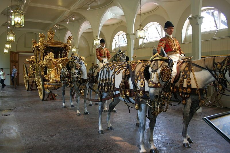 Royal Mews.Wikimedia Commons, autor David Crochet