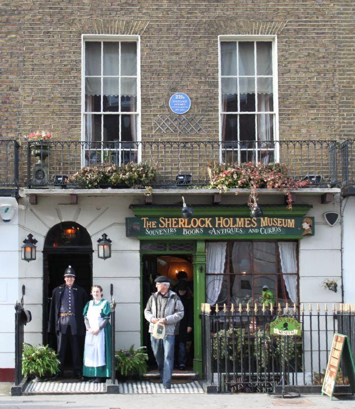 Sherlock Holmes © The Sherlock Holmes Museum - 221b Baker Street, Londres - www-sherlock-holmes-co-uk