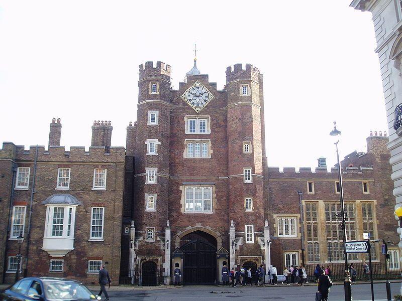 Palacio de St James. Wikimedia Commons, autor Steve Cadman