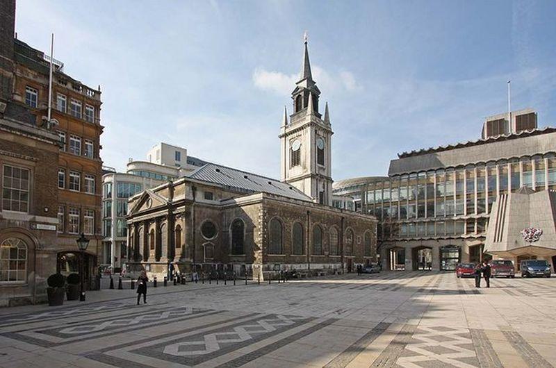St Lawrence Jewry. Wikimedia Commons, autor John Salmon