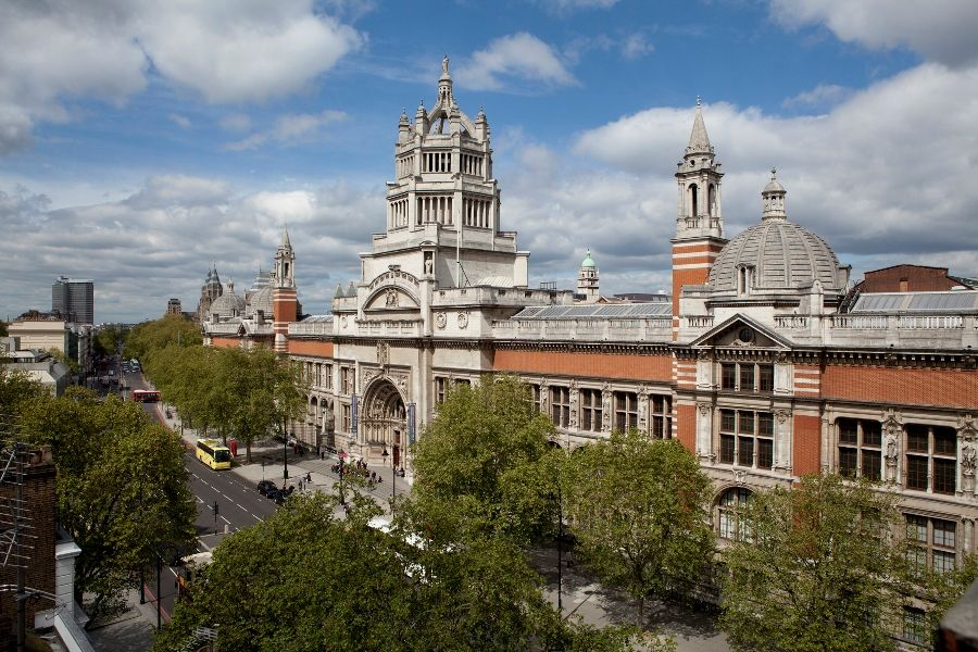 V&A © Victoria and Albert Museum, Londres