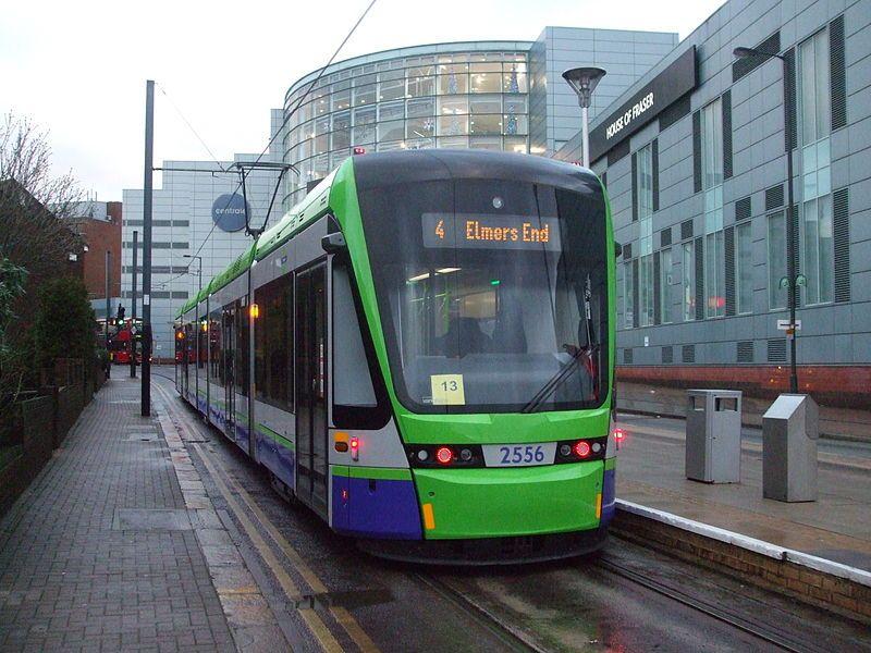 Tranvía de Londres. Wikimedia Commons, autor: Sunil060902